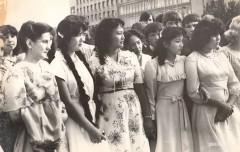 06-Вручение-золотых-медалей-выпускникам-школ-города-1981-год
