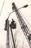 08-Установка-первых-троллейбусных-опор-по-ул.-А.-Иманова-18-апреля-1981-год