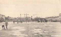 17-Центральная-площадь-вид-на-строительство-Дворца-Целинников-1963-год