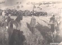24-Осмотр-и-покупка-лошадей-в-Кокчетавском-Селькредитсоюзе-в-степи-1928-год