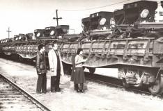 31-Завод-Казахсельмаш-сялки-СЗС-21-на-платформах-приёмо-сдатчик-цеха-№15-О.-Бектасова-1983-год